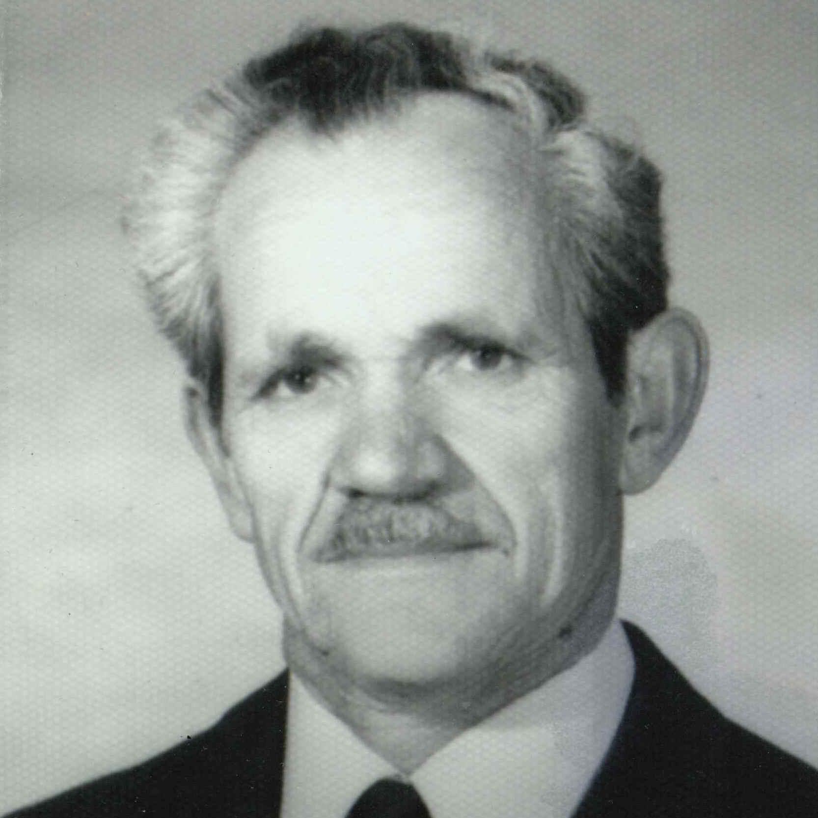 Michael  Mitsis