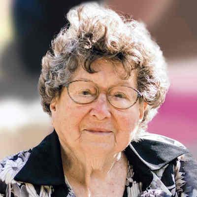 Joan Elizabeth  McGee