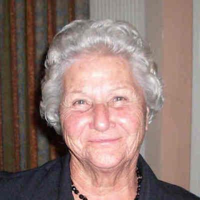 Sylvia  Diakos